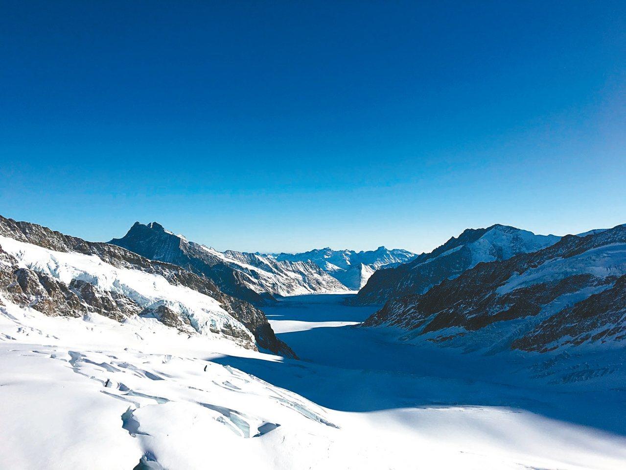 阿雷奇冰川的景色很震撼。 記者許晉榮/攝影