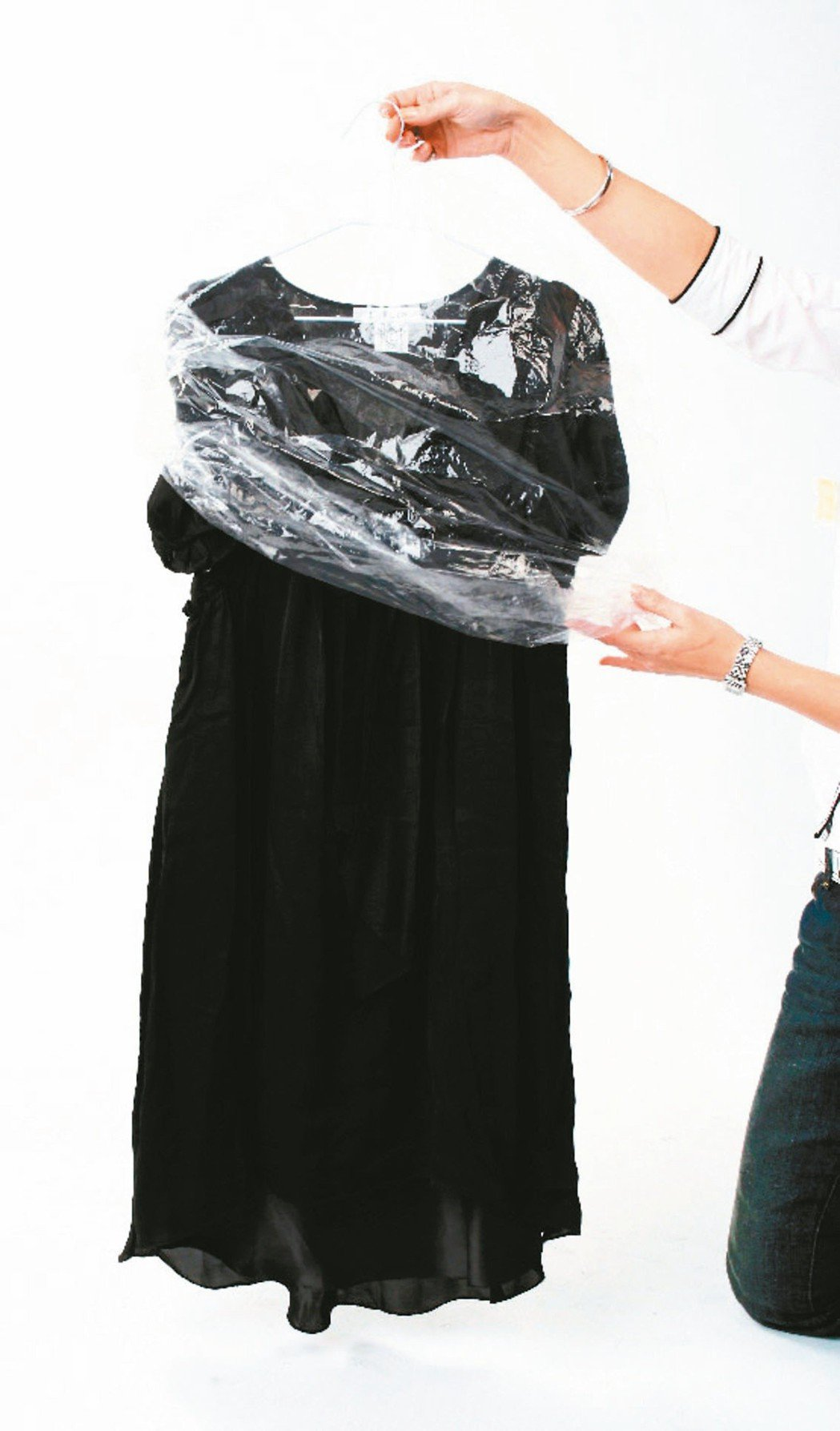 洗衣店的防塵袋不受限。 圖╱聯合報系資料照片