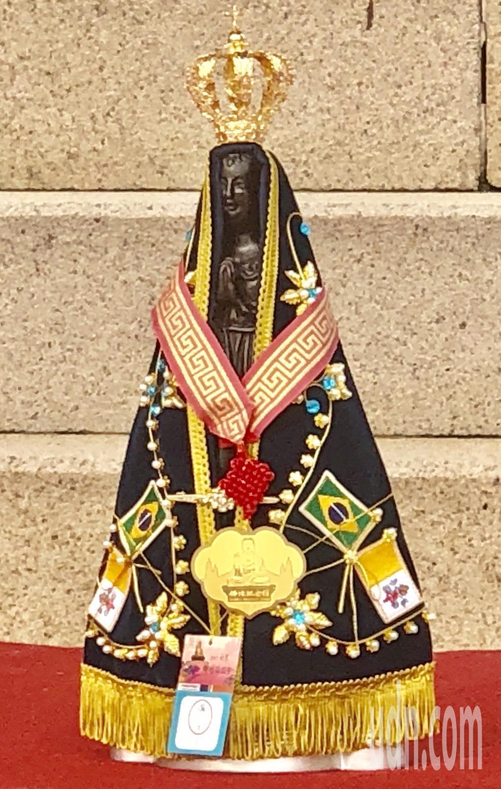 天主教巴西聖母院供奉的「黑聖母」。記者王昭月/攝影