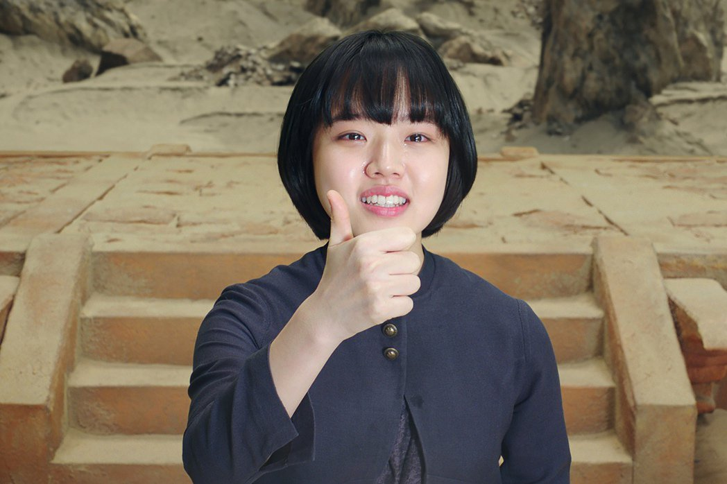 已經17歲的金香起在「與神同行」扮萌。圖/采昌提供