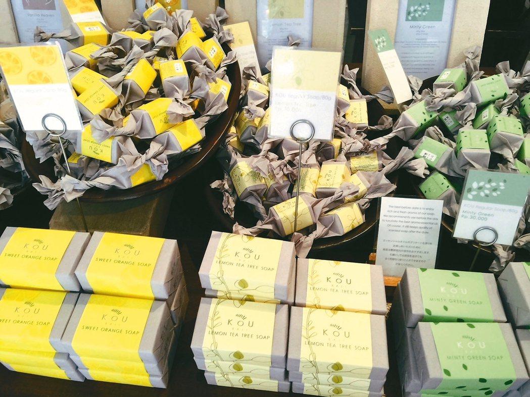 「KOU」的手工有機肥皂相當精緻討喜。 記者錢欽青/攝影