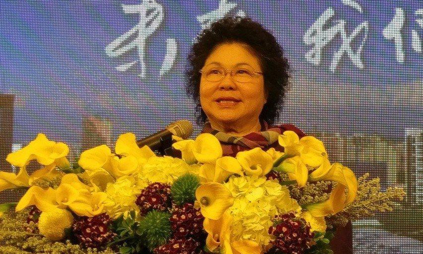 高雄市長陳菊昨舉辦就職11周年記者會,宣布高雄市今年零舉債。 記者蔡孟妤/攝影