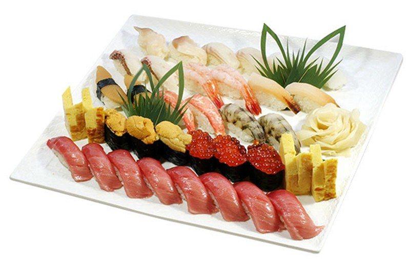 特撰おまかせセット(特選主廚組)¥10800/共有13種、28貫的宴會型壽司組合...