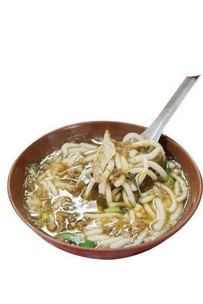 米苔目(湯)40元/小/平價的古早味麵食!