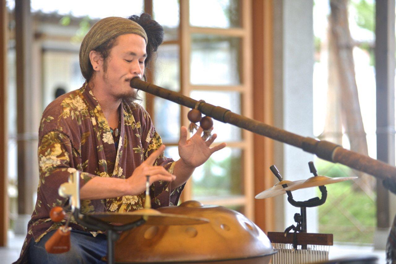 吉安慶修院在跨年當晚還有安排日本旅行樂者安慶名的音樂表演。圖/慶修院提供