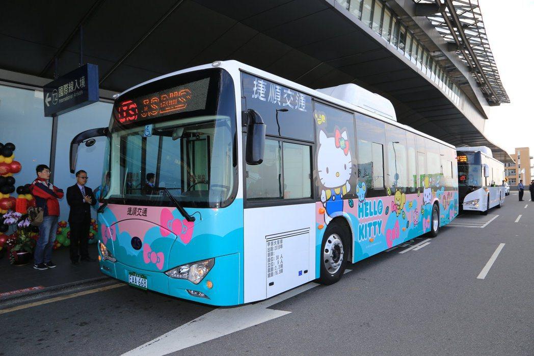 中央宣示2030年全國公車電動化,台中市拚提早5年達標;公車業者認為,電動公車是...