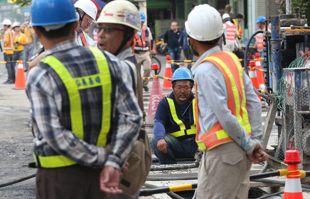 職安署研擬修正「勞工作業場所容許暴露標準」,新增溴丙烷空氣中容許暴露標準不得超過...