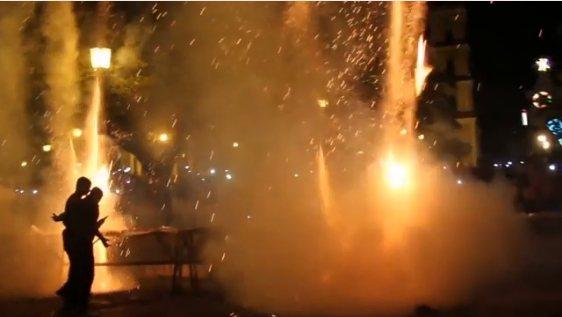 古巴耶誕煙火慶典意外,導致22人燒傷。美聯