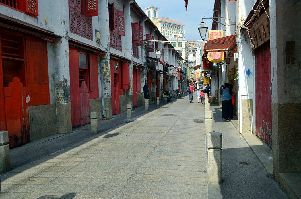 福隆新街是至今保存最完整的「青樓文化」建築。記者魏妤庭/攝影