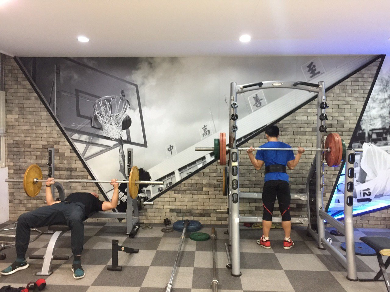 桃園市至善高中斥資百萬元,闢建「大力士健身房」。記者許政榆/攝影