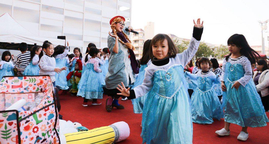 每個小女孩心中都有個公主夢。 攝影/張世雅