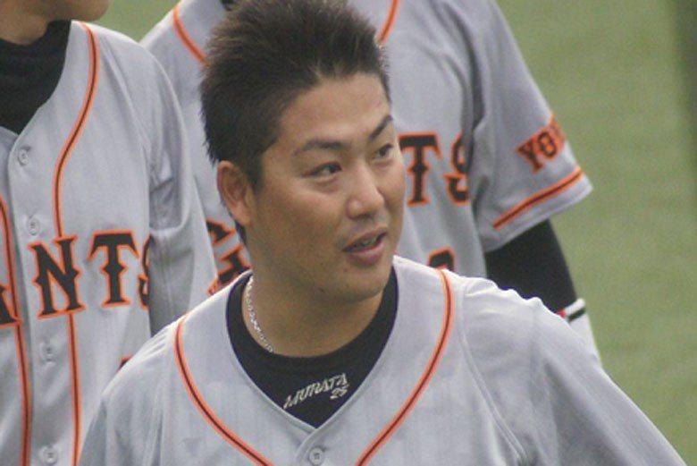 村田修一在近8季的出賽中有5季是全勤,打擊表現也是相當穩定,但巨人還是在去年季末...