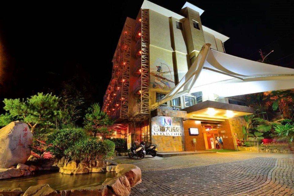 飯店外觀展現出泰雅族的獨特風貌。(圖片提供/雄獅旅遊)