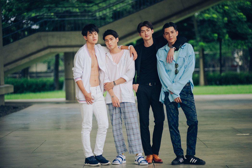 黃庭軒(左起)、陳彥名、王庭勻、林柏叡主演BL劇「深藍與月光」。圖/酷瞧提供