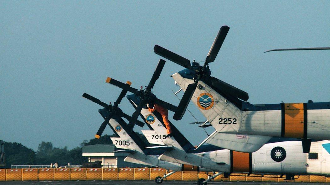 海鷗S-70C服役超過30年,空軍救護隊將面臨汰舊換新。
