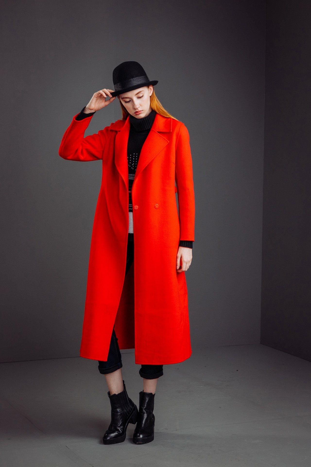 開襟純羊毛雙面呢大衣,售價16,800元。圖/KeyWear提供