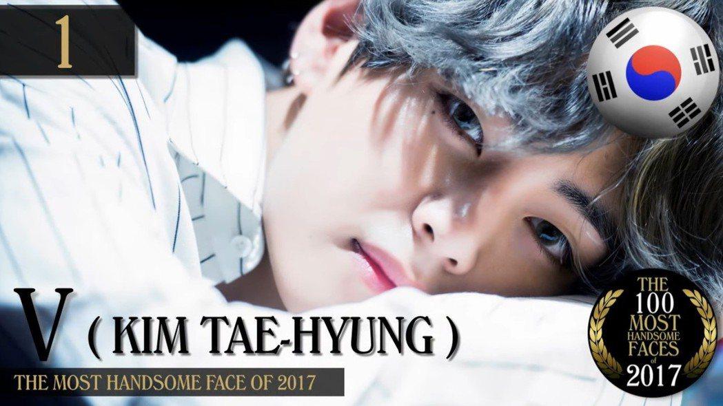 防彈少年團的成員V(金泰亨)獲得2017年百大最帥臉孔第一名。 圖/擷自Yout...