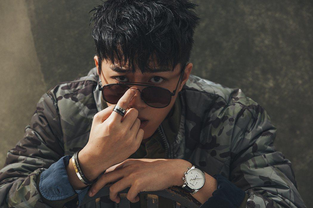 蔡凡熙接受時尚雜誌專訪。圖/MILK潮流誌提供
