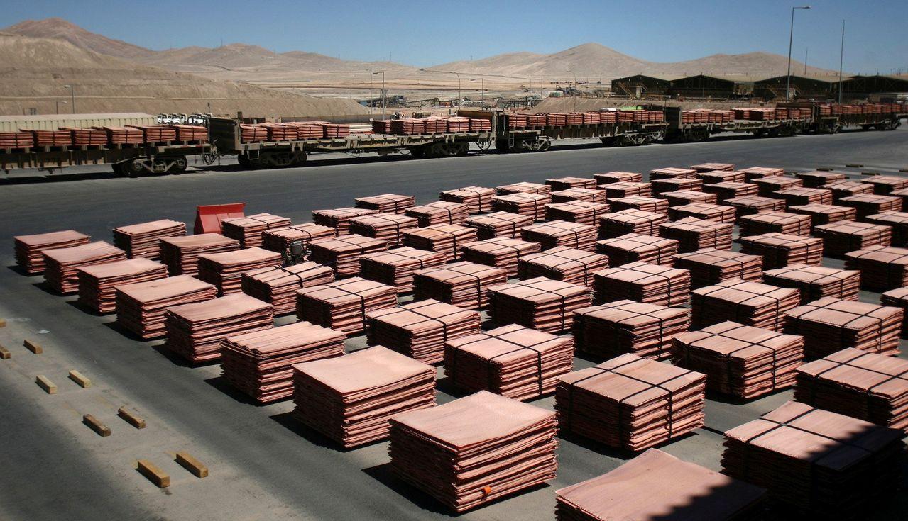 礦業公司及分析師預估,由於業者減少新礦開發支出,使2020年之前銅料供給將持續短...