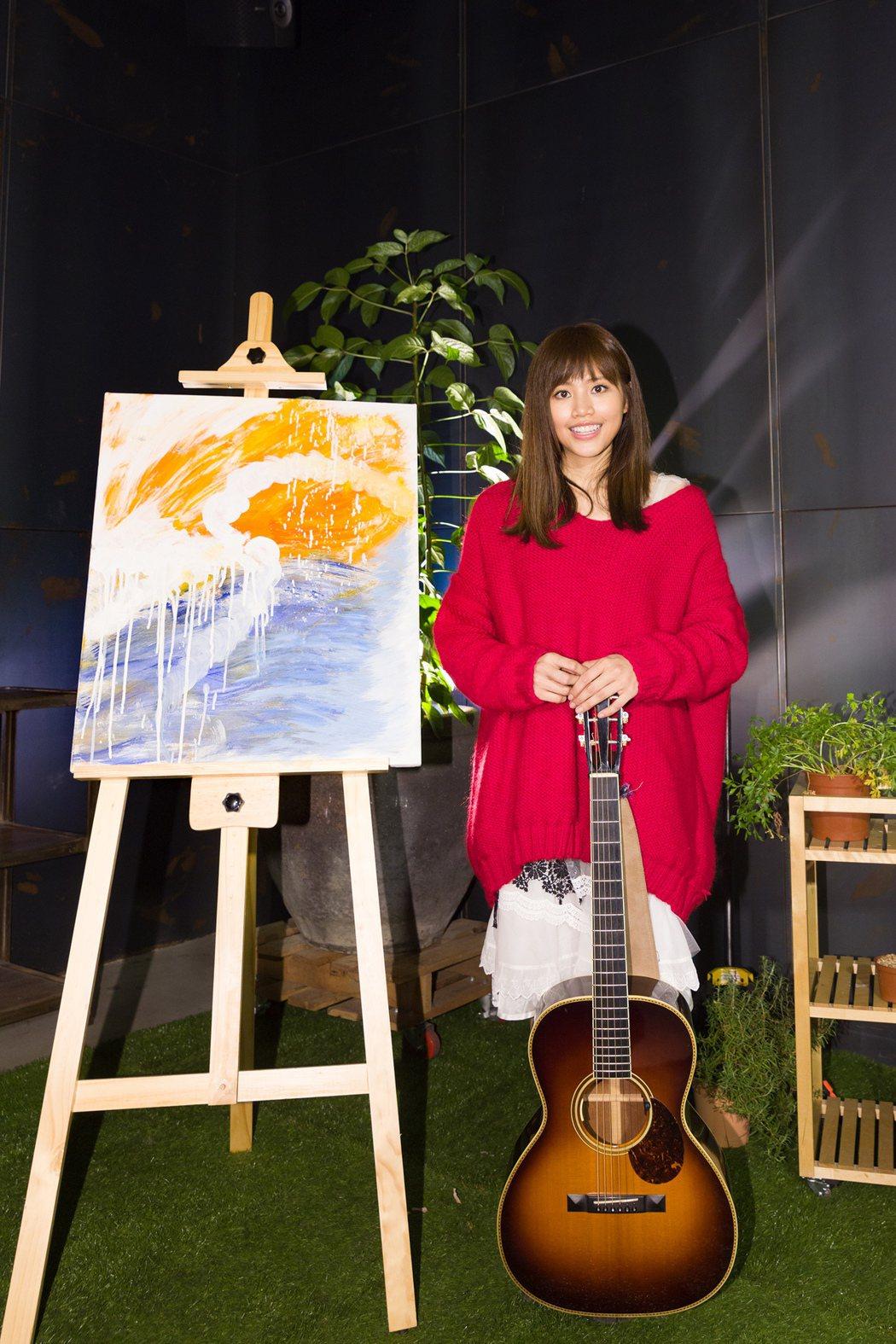 吳汶芳因為情傷一度低潮,她會畫畫紓解壓力。圖/福茂唱片提供