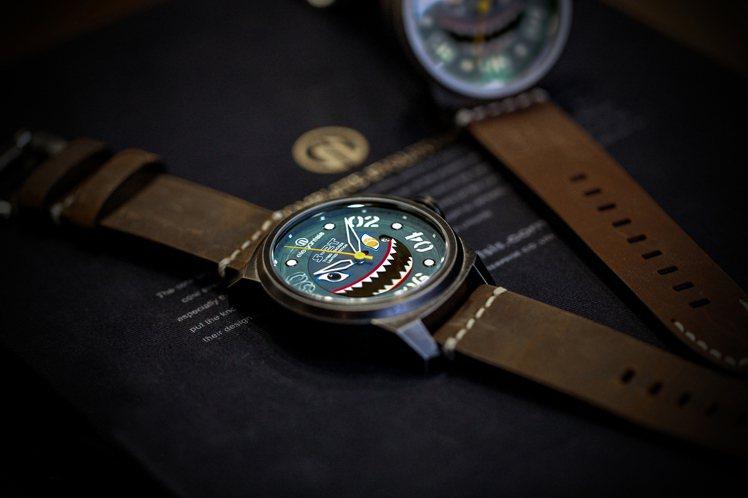 愛樂時則針對軍事迷,推出S-2T退役紀念腕表,表盤的設計概念來自二戰後即將退役的...