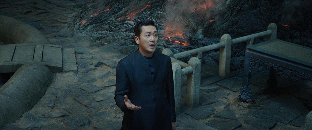 「與神同行」在台灣引起話題,賣座表現亮眼。圖/摘自imdb