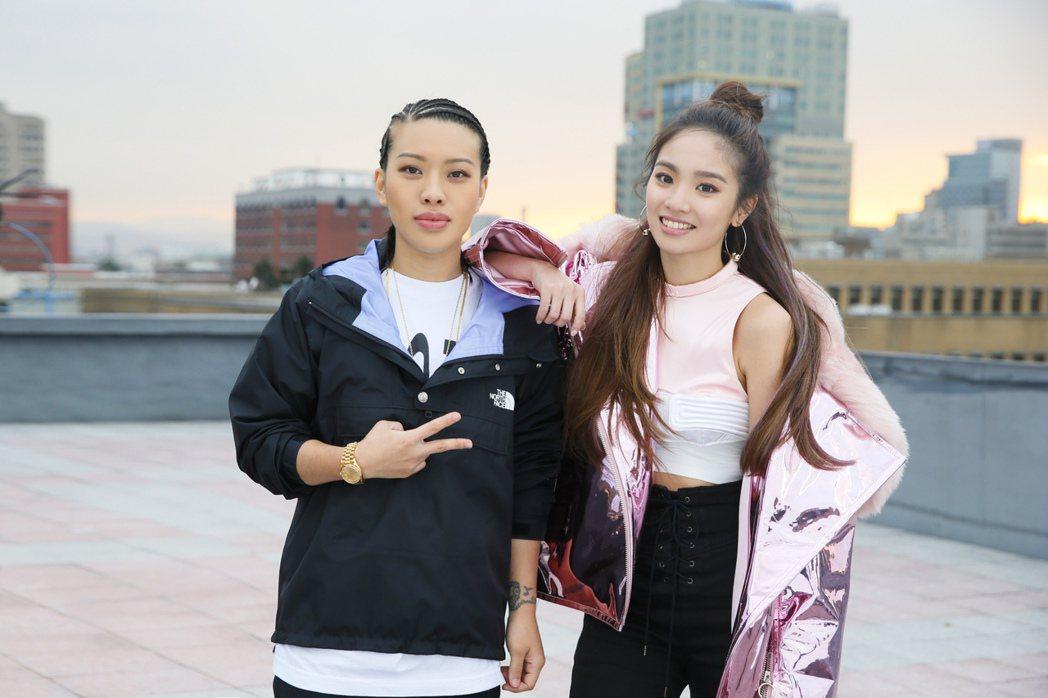 葛仲珊(左)跨刀為陳芳語譜創作新歌。圖/Sharp Music提供