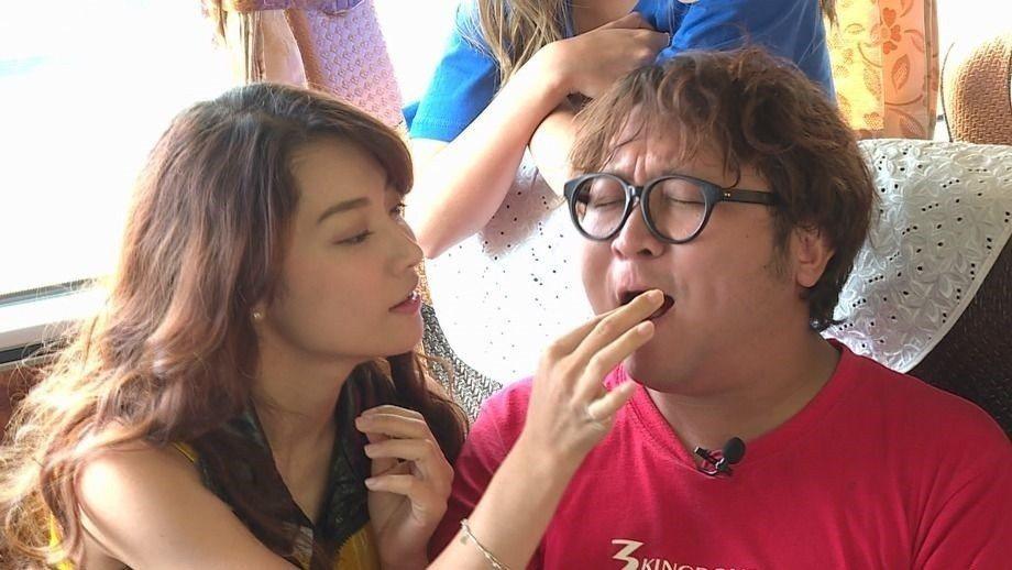 納豆(右)和女友依依今天將同台節目。圖/台視提供