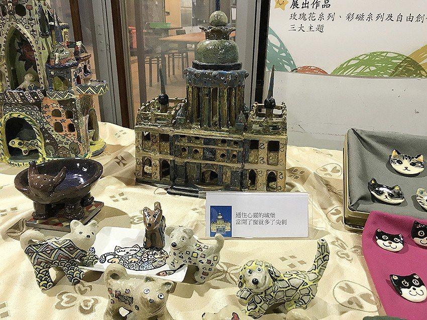 長庚大學在「明德樓」宿舍舉辦「我的藝想世界」藝文展。 長庚大學/提供