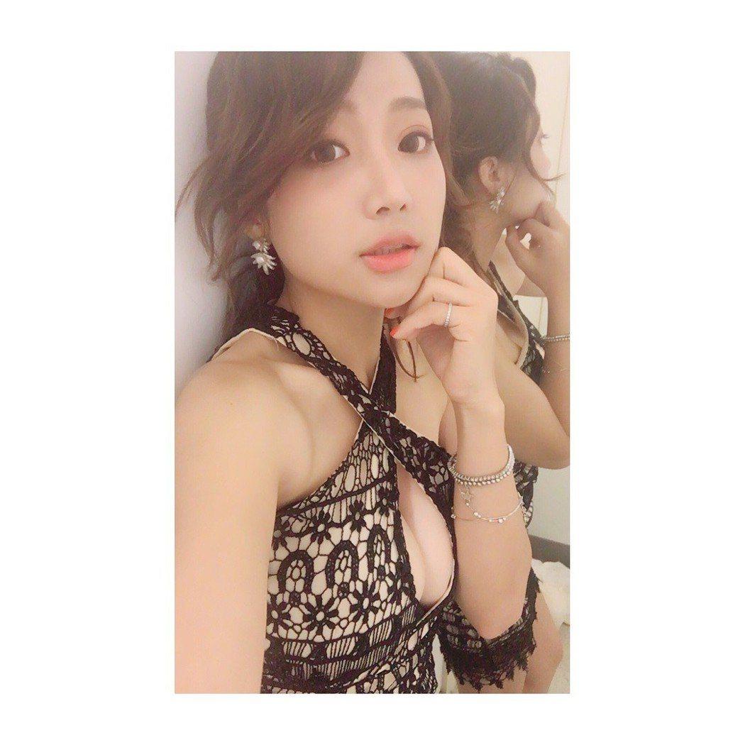 納豆女友依依長相甜美。 圖/擷自臉書。