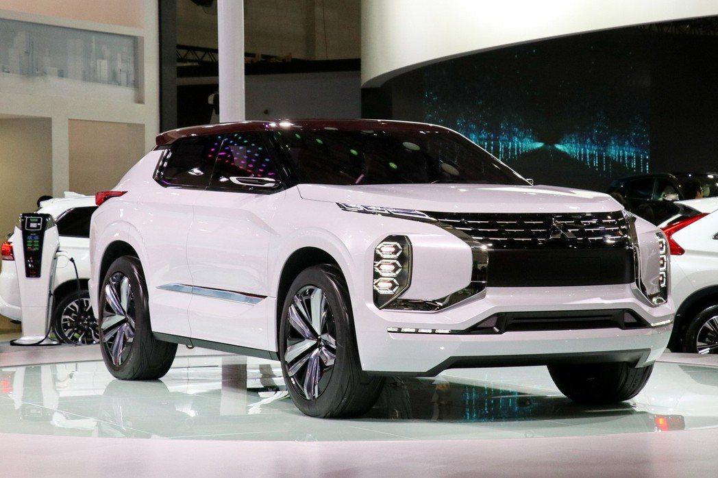 MITSUBISHI MOTORS最新一代SUV概念車-GT PHEV。 記者陳威任/攝影