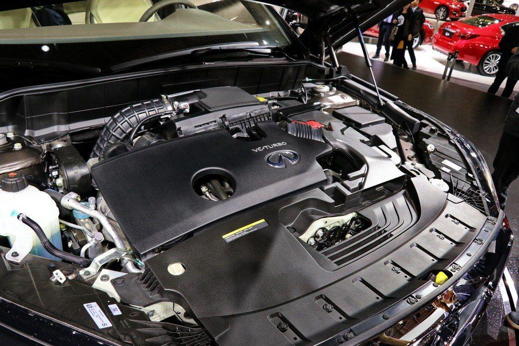 全新INFINITI QX50搭載INFINITI世界首創量產VC-Turbo可變壓縮比引擎。 記者陳威任/攝影