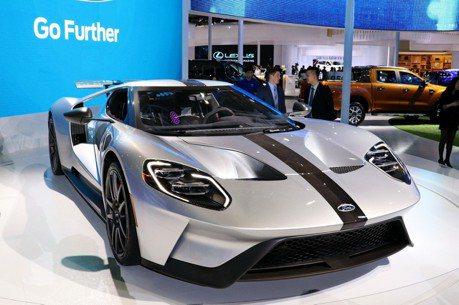終於親眼看見了!傳說中的Ford GT