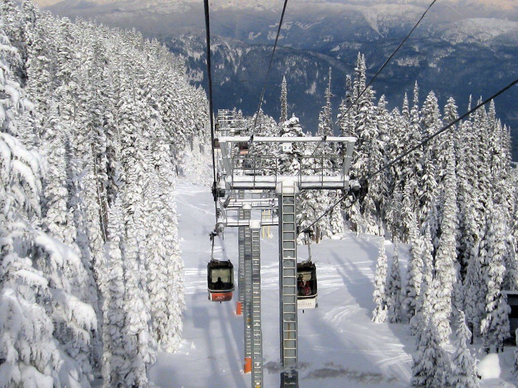 ▲滑雪纜車(圖/攝影者:Ruth Hartnup, Flickr CC Lice...
