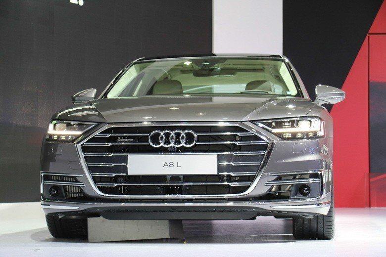 搭載Audi AI自動駕駛技術的The new Audi A8首度在台灣亮相。 史榮恩