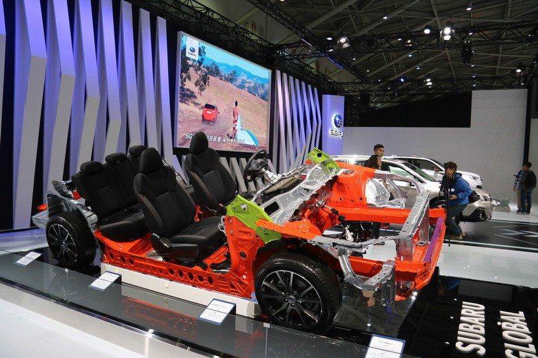 SUBARU台灣意美汽車在本屆車展斥資打造原廠國際車展規模的專屬展區。 史榮恩