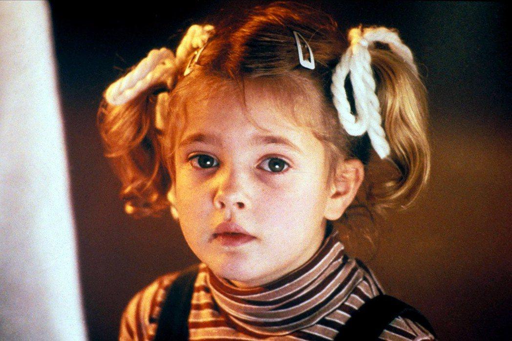 茱兒芭莉摩在「外星人」的演出贏得全世界觀眾的喜愛。圖/摘自imdb