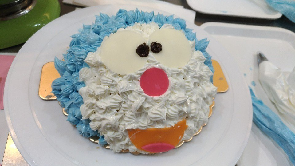 跟寶貝一起做顆可愛的蛋糕吧!(圖/大獅子小柿子)