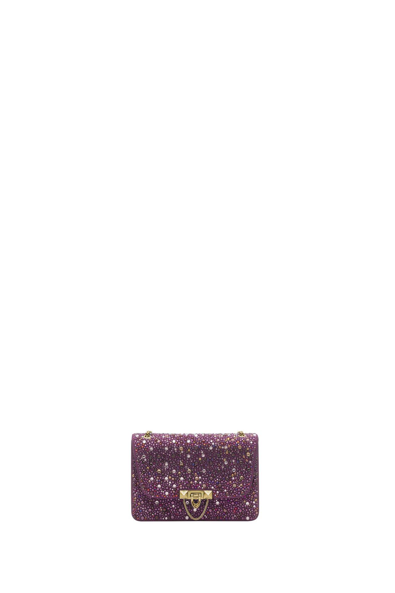 Valentino紫色水晶裝飾包,價格店洽。圖/Valentino提供