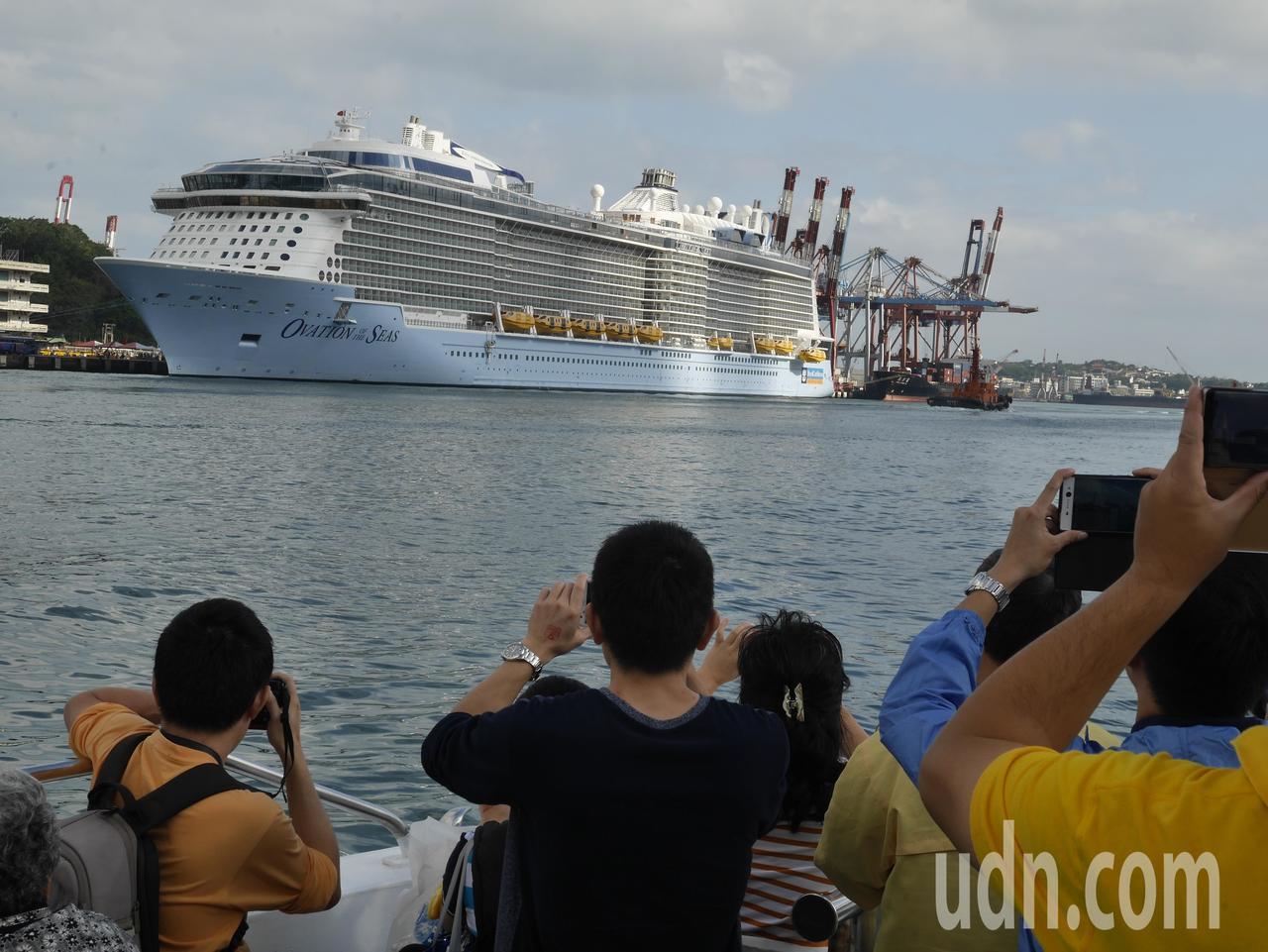 上個月亞洲最大郵輪「海洋贊禮號」首航基隆港,讓人驚豔。圖/本報資料照