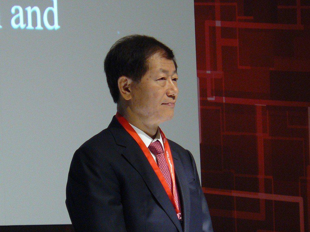 台積電總經理暨共同執行長劉德音表示,因應強勁需求,南京廠預計2018年5月開始出...
