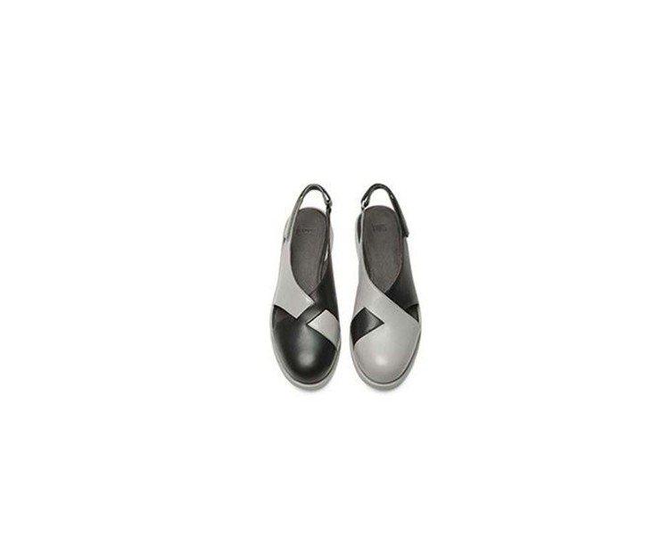Twins系列黑灰拼色休閒鞋,7,280元(女款)。圖/Camper提供