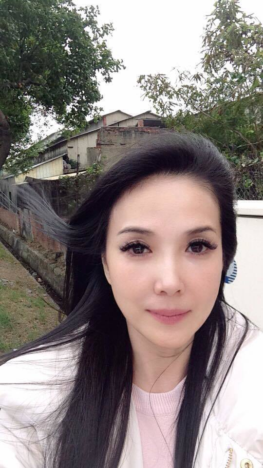 丁國琳有美魔女稱號。 圖/擷自丁國琳臉書