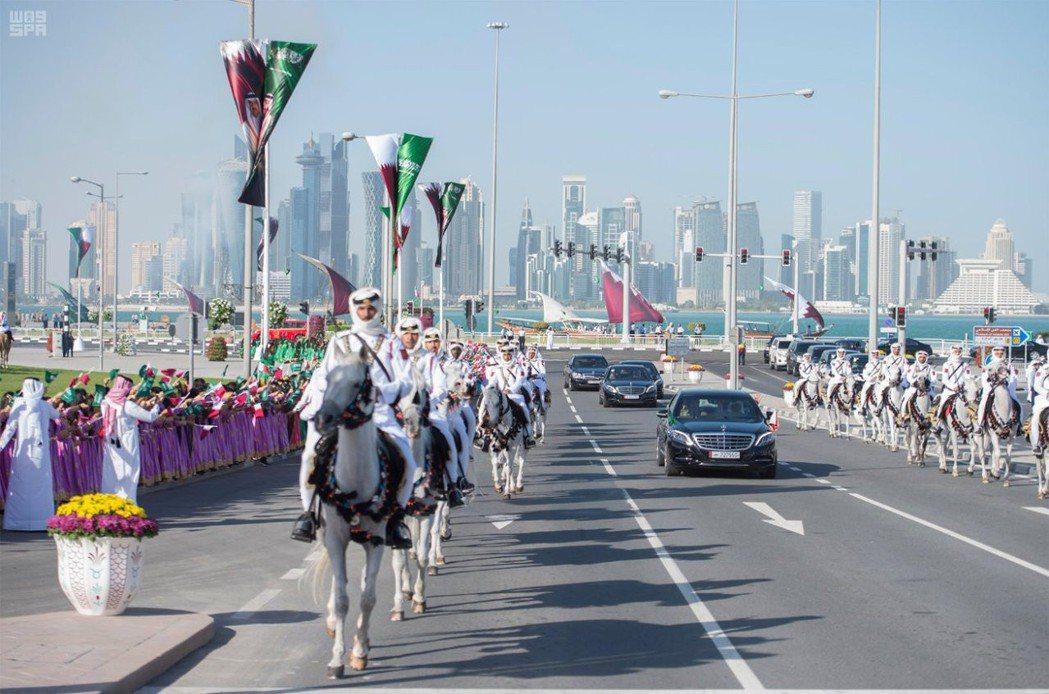 世矚目的卡達外交危機於2017年6月揭開序幕,以沙烏地阿拉伯為首的眾多阿拉伯國家...