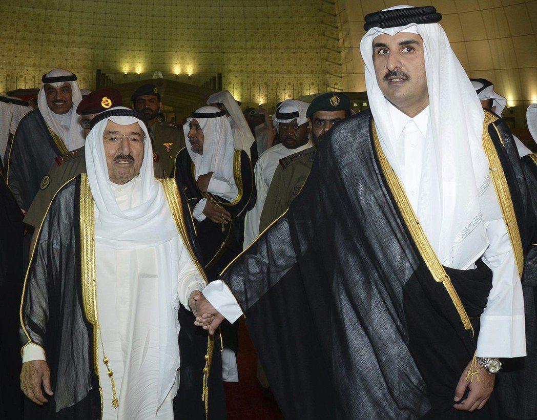 有傳言指出,之所以科威特在和FIFA僵持兩年之後,突然能夠加快進程、解除禁令,也...