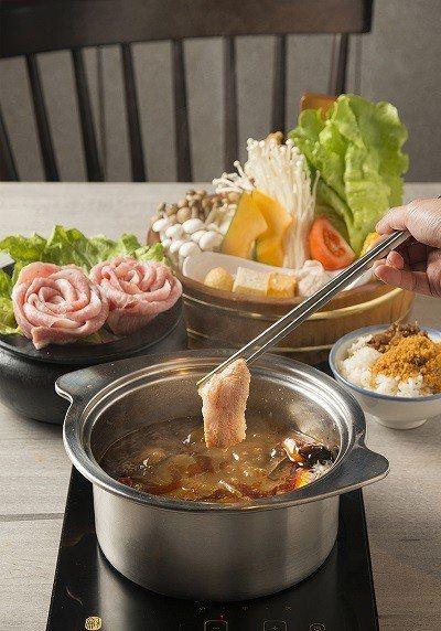 雪紋松阪豬肉470元/嚴選台灣本土豬隻,一隻豬的頸部只能取出兩塊,數量稀 少又珍...