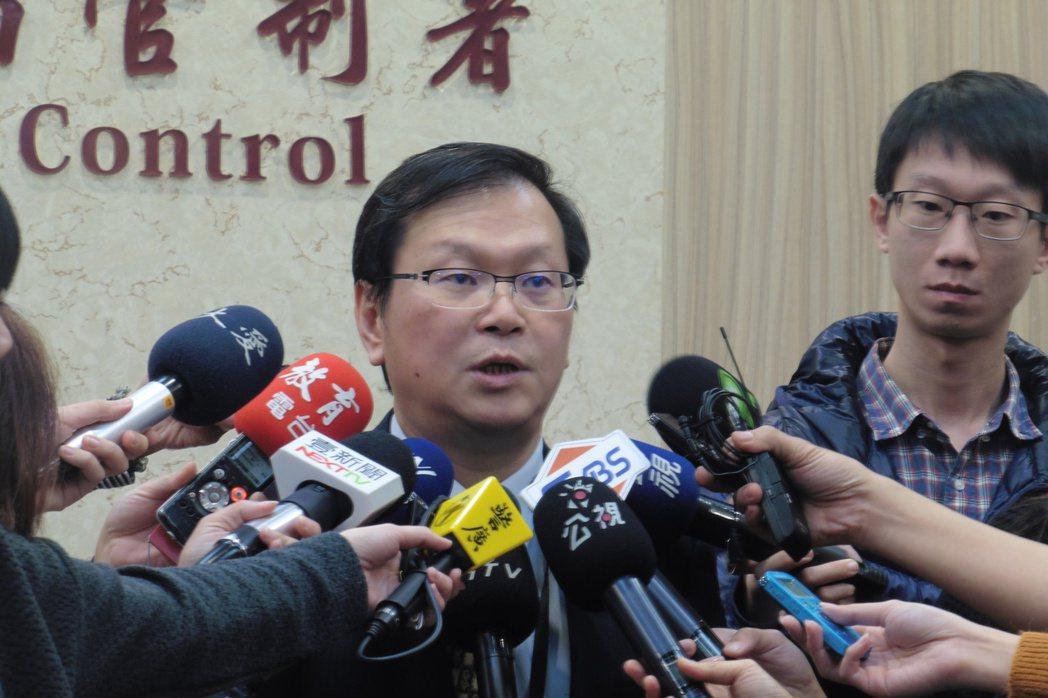 疾管署副署長莊人祥說明國內流感疫情狀況。記者黃安琪/攝影