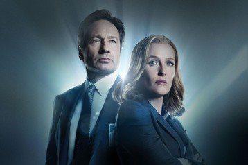 美國經典科幻影集「X檔案」第11季全新10集將於本週四晚間10點在FOX頻道播出,上映前夕女主角,飾演探員史卡利(Dana Scully)的女星姬蓮安德森(Gillian Anderson)證實這將...