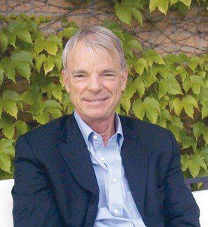 史賓塞(Michael Spence)。