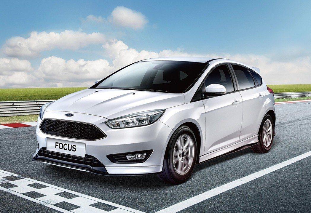 凡入主歐系智能轎跑 Ford Focus 即可享 60 萬 40 期 0 利率的...